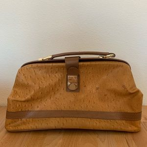 VINTAGE Textured leather doctors bag purse